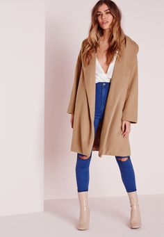 We're totally obsessing over the boyfriend style this season and we got it bad for this totally chic camel coat here at Missguided. Flaunt what you got in this belted serious soft feel beaut.  Step up your coat game this season and style ...