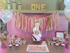 Pink and Gold Minnie Mouse first birthday party