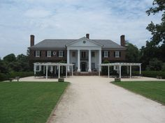 Boone Hall Plantation, Charleston Boone Hall Plantation, Charleston, Mansions, House Styles, Veil, Places, Home Decor, Travel, Mansion Houses