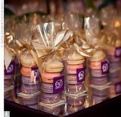 MACARON DIY WEDDING FAVORS UNDER 1$ {SohoSonnet Creative Living}   Wedding Favors // Aisle Perfect