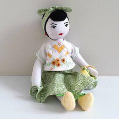 Saskia Harrison (@saskiasstudio) on Instagram: vintage inspired doll named Tina.
