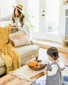 Thanksgiving living room fall decor mommy and me