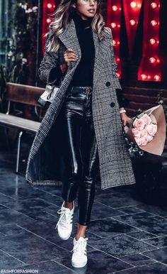 Du suchst das passende Accessoires zu solch einem perfekten Outfit? Jetzt auf nybb.de! passende Accessoires für stilbewusste Frauen! #fashion #mode