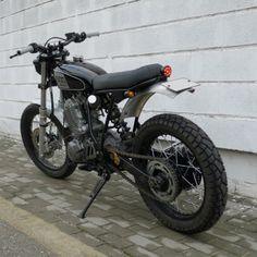 rocksolidmotorcycles: xt600 Street Tracker