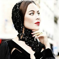 #StyleIconSeries Keep your standards, head & cat-eyes high! #Getthelook #UlyanaSergeenko
