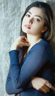 Where we can find world's most beautiful girls? Here's a list of the top 10 places with the most beautiful girls from around the world. Beautiful Girl Wallpaper, Beautiful Girl Photo, Beautiful Girl Indian, Most Beautiful Indian Actress, Cute Girl Photo, Beauty Full Girl, Cute Beauty, Beauty Women, Beautiful Bollywood Actress