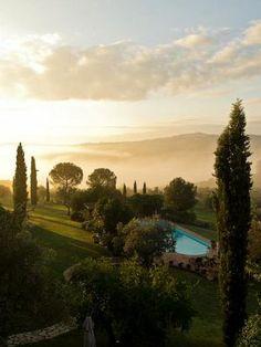 Eine unserer wunderschönen Unterkünfte in Umbrien mit atemberaubendem Blick. Buchung unter: http://www.verdista.de/tenuta-di-canonica/