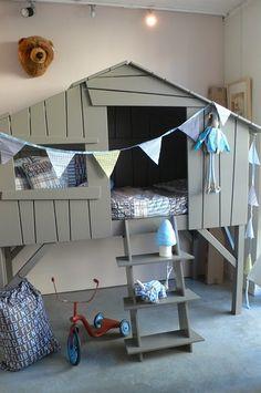 HAPPY HOUSE (part 2)