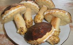 Pyszne Grzybki Biscuits, Stuffed Mushrooms, Menu, Cooking Recipes, Yummy Food, Food And Drink, Cookies, Baking, Vegetables