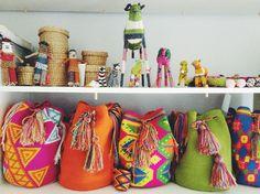 Colombian Wayuu Mochila Bag in Aztec Pink - Mila Shop