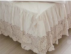 pictures & prices of lace bed skirts | Lace Bed Skirt – Gives Elegance and Style to your Bedroom