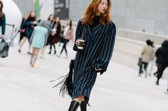 One click and it's easy to see why Seoul ranks right up there with our favorite Fashion Weeks for street style.