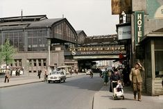 Berlin DDR am Bahnhof Friedrichstrasse