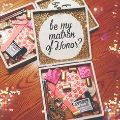 Bridesmaid Box - heyletstietheknot.blogspot.com
