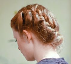 Oh, great, so all I need to do is learn to French braid, learn to do it on my own hair, and then wizard it into being pretty. How simple could it be?