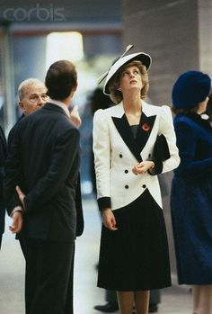 """November 10, 1985: Prince Charles & Princess Diana at the National Gallery of Art to launch the """"Treasure Houses of Britain"""" Exhibition in Washington, D.C."""