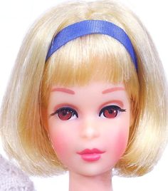Blonde Hair Happenin Twist 'N Turn Francie Play Barbie, Barbie Life, Barbie World, Barbie And Ken, Doll Display, Doll Parts, Vintage Barbie Dolls, Barbie Collection, Barbie Friends