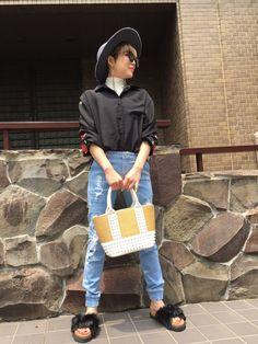 summer girl chica/チカ chica(チカ)のシャツは、フリーサイズで、着用しております。素材が気持ちいので、夏でも腕をだしたくないかたには、ぴったりです! 158センチでダンケシェーンのパンツSsize長さもバッチグーです!