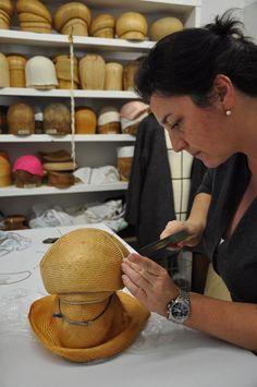 Cours de fabrication de chapeaux
