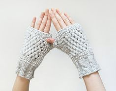Fingerless gloves // for the photographer.