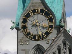 St.Peter-Kirche, die grösste Uhr der Schweitz - (Bregenz 2007 164.JPG)