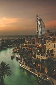 Burj al-Arab, Dubai, United Arab Emirates Dubai City, Dubai Uae, Places To Travel, Travel Destinations, Places To Visit, Wonderful Places, Beautiful Places, Naher Osten, Visit Dubai