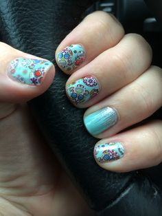 Not my Image: But I have to say Dia De Los Muertos and Iced make a great pairing! http://brandybaer.jamberrynails.net/shop