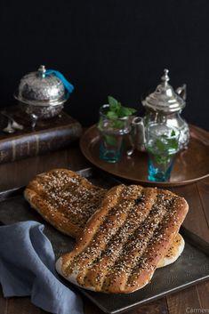 Pan Barbari, un pan Persa diferente. - No quieres caldo? ... Pues toma 2 tazas.