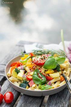 Sommergemüse Curry, Gemüse Curry, Curry mit Sommergemüse, cookingCatrin Rezepte, main course recipe, Sommergemüse Rezepte, curry rezepte, curry recipe, one pot Gerichte, one pot recipies, veggie, veggie curry, Gemüse Curry Rezept, veggie recipies, curry recipies vegetarian, curry rezept vegetarisch, Hauptspeisen Rezepte, Nudel Rezepte, nudelgerichte, pasta rezepte, pasta vegetarisch, pasta mit gemüse, gemüse rezepte, curry mit nudeln, rezepte sommer, curry rezept vegetarisch einfach Marco Polo Mercedes, Mercedes Benz Van, Camping Am See, Pasta Salad, Cobb Salad, To Go, Parmesan, Pesto, Zucchini