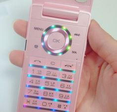 Pick up the phone baby ae: barbie paradise pink aesthetic, everything pink Soft Grunge, Alphabet Tag, Retro, Yuno Gasai, Flip Phones, Phineas And Ferb, Come Undone, Ex Machina, Everything Pink