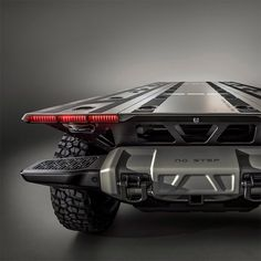 Short for the Silent Utility Rover Universal Superstructure, the GM Surus Autonomous Truck is a cab-less vehicle that is built to haul and deliver. Futuristic Cars, Futuristic Design, Hvac Air Conditioning, Muscle Cars, Fuel Additives, Black Truck, Future Trucks, Sci Fi Environment, Gm Trucks