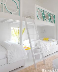 What a fun bunk room via House of Turquoise. Designer is Sally Markham. Bunk Beds Built In, Modern Bunk Beds, Cool Bunk Beds, Kids Bunk Beds, Loft Beds, Custom Bunk Beds, Trundle Beds, Adult Bunk Beds, House Of Turquoise