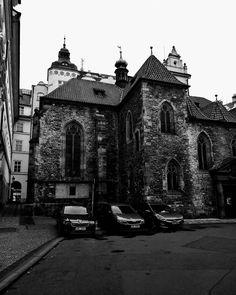 Hidden mash-up  #oldvsnew #prague #oldtown #czechrepublic #staremesto #church #blackandwhite Tower Bridge, Czech Republic, Prague, Old Town, Barcelona Cathedral, Victoria, Building, Photography, Travel