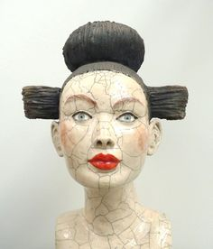 'Buste' by French ceramic sculptor Mélanie Bourget. Raku. via Artodyssey