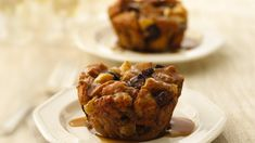 Apple-Fig Bread Pudding Cupcakes with Maple Sauce recipe and reviews - For a simple fall or winter dessert, you can't beat bread pudding. Baked in jumbo muffin cups for  pretty presentation and served warm with maple sauce, it's delightful.