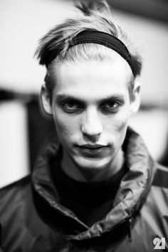 Backstage at Damir Doma, Fall/Winter 2013/2014 | Paris @ http://le-21eme.com