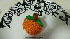 The Eyes of a Boy: Pumpkin Spice Rice Krispies Treats - Cute & Fun Fall Dessert Idea