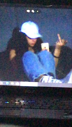 Swag Girl Style, Girl Swag, Pic Pose, Picture Poses, Cute Poses For Pictures, Girl Pictures, Aesthetic Tumblr Backgrounds, Estilo Cholo, Thug Girl