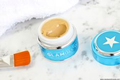 Masque GlamGlow Thirstymud: le chouchou de ma routine beauté!  http://www.needsandmoods.com/glamglow-thirstymud/  #Glamglow #Thirstymud #hellosexy #glamland #glamaholics #mudmask #BlogBeaute #BlogBeauté #BeautyBlog #BeautyBlogger #FrenchBlogger #cocooning #routine #soins @glamglowmud