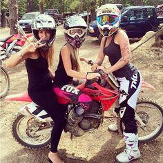 Motorcycle Women - moto_matchup (1)