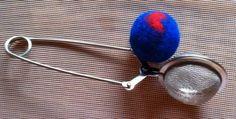 how to make perfect felt balls The Effective Pictures We Offer You About Diy Wool Balls decoration A Felted Wool Crafts, Felt Crafts, Felt Ball Rug, Yarn Ball, Needle Felted Animals, Felt Animals, Needle Felting Tutorials, Handmade Felt, Wet Felting