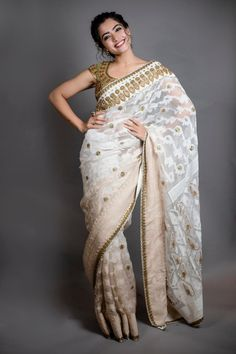 Rashmika mandana - saree look Girl Photo Poses, Girl Poses, Photo Shoot, Saree Poses, Most Beautiful Bollywood Actress, Saree Photoshoot, Photoshoot Images, Saree Trends, Vestidos