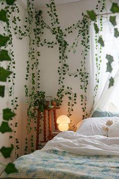 Room Design Bedroom, Room Ideas Bedroom, Zen Bedroom Decor, Wall Decor, Home Decor, Aesthetic Room Decor, Indie Room Decor, Aesthetic Bedrooms, Green Rooms