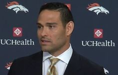 Cowboys could reportedly face wrath of NFL for signing Mark Sanchez too quickly - True Sports Fan Denver Broncos Funny, Denver Broncos Football, Mark Sanchez, Free Agent, Chicago Bears, Dallas Cowboys, Sports News, Nfl
