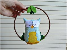 Owl mobile - baby mobile - You pick your colors - Blue and yellow felt - woodland mobile - nursery decor