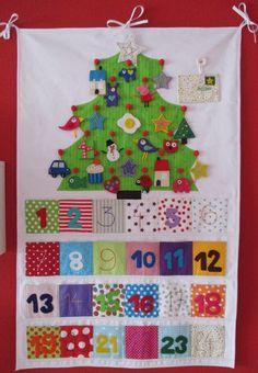 Adventní kalendář Udělejte Vašim dítkám jedinečné a barevné čekání na Ježíška:) Luxusní adventní kalendář, šitý z velké části ručně, může krásně zdobit nejen dětský pokojíček. Kalendář měří 100x65cm, je ušitý z pevné potahové látky a bavlny, je vyztužený silným vliselínem a bohatě prošitý takže drží tvar i když naplníte kapsičky. ...