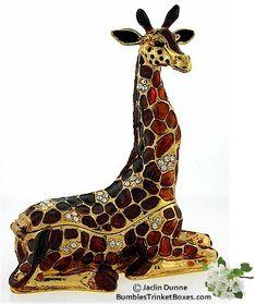 Giraffe Lying Down Box - So so cute!