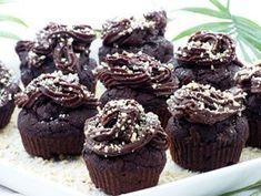 Kakaós, datolyás zabmuffin nagyon egyszerűen recept Healthy Cake, Healthy Desserts, Delicious Desserts, Diabetic Recipes, Diet Recipes, Vegan Recipes, Gm Diet Indian, Gm Diet Vegetarian, Health Eating