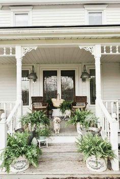 Amazing Farmhouse Style Front Porch Design And Decor Ideas Summer Front Porches, Small Front Porches, Farmhouse Front Porches, Front Porch Design, Summer Porch, Porch Designs, Shabby Chic Porch, Porch Kits, Villa