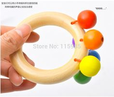 4pcs/lot Newborn gift learning baby Wooden toys cute rattles wood Mobiles bell circle shakers with beads rings baby sensory